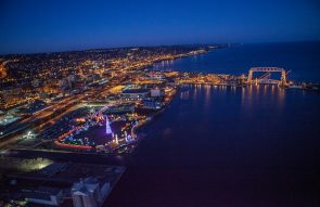 Bentleyville Tour of Lights in Duluth MN - Edgewater Hotel and Train Packages